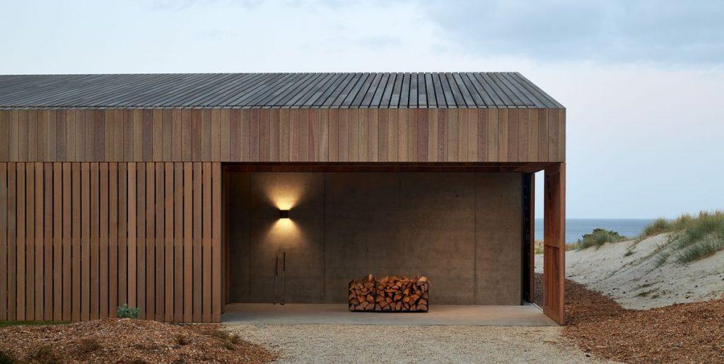Casa Tea Array Beach House in New Zealand by Studio Veron High.
