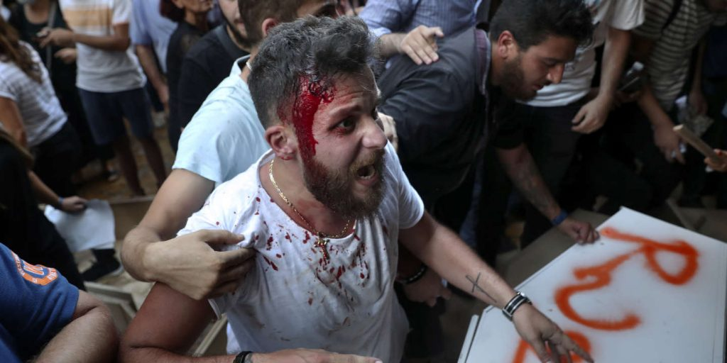 Violent clashes during a demonstration in support of the investigation