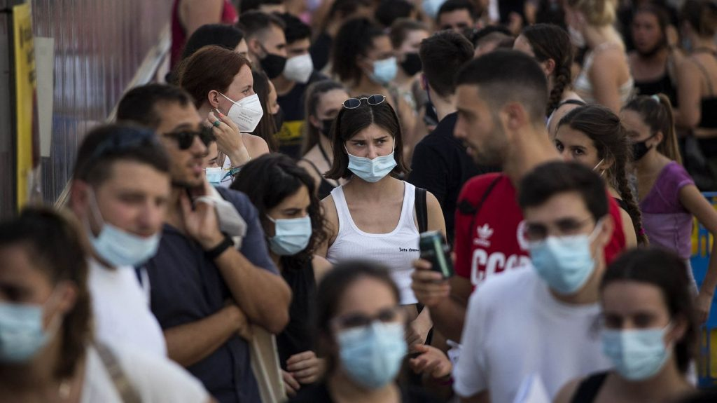 Catalonia reimposes measures to curb rise in Covid-19 cases