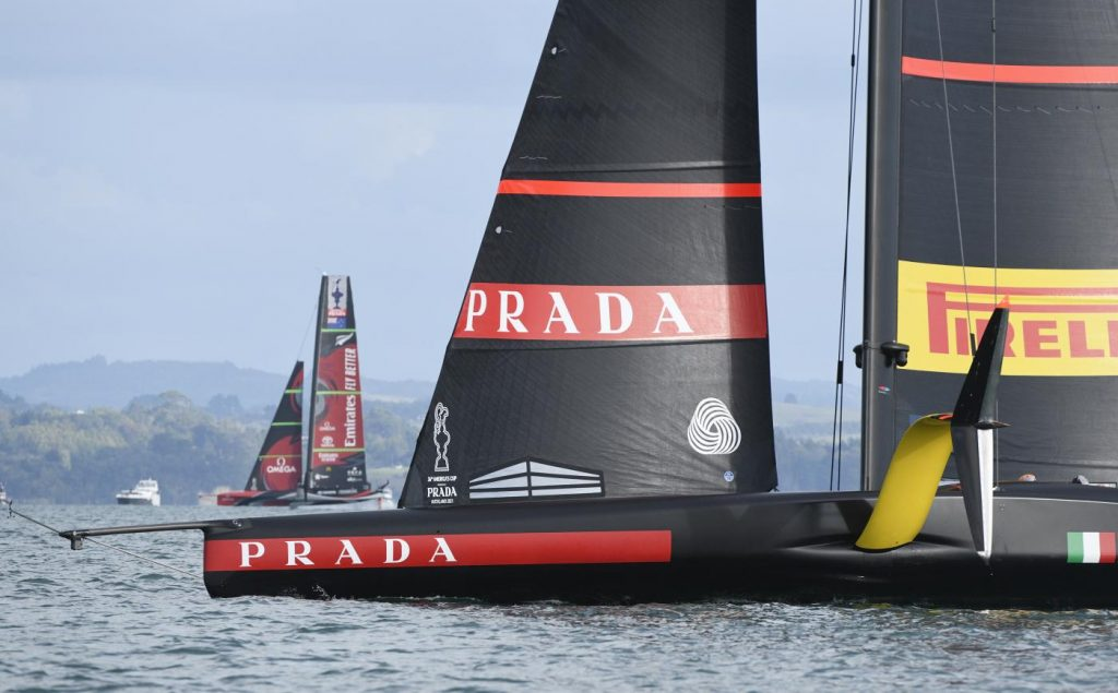 How are the America's Cup negotiations going?  Cork insists on the Isle of Wight at the pole.  And the New Zealand hypothesis... - OA Sport