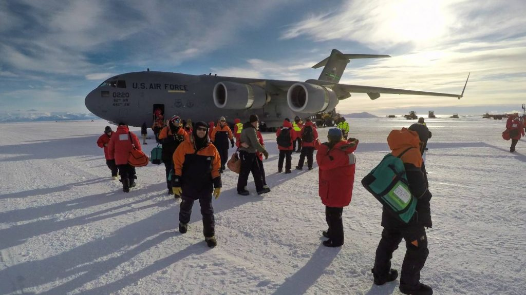 Hundreds of people from international programs in Antarctica to go through MIQ