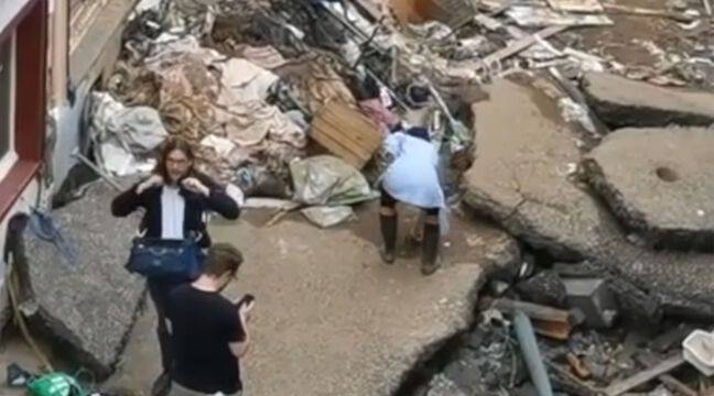 Journalist fired after pretending to help disaster victims