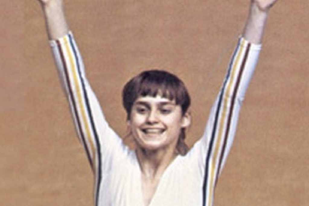 Montreal 1976, charms Nadia Comaneci with a score of 10