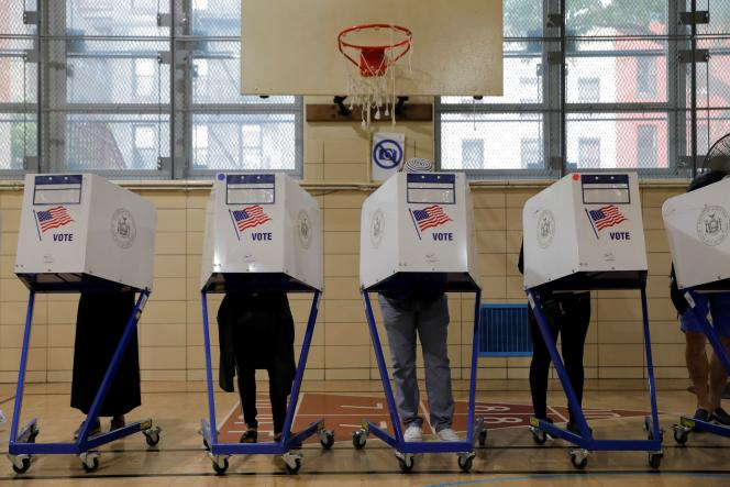 A major polling station opened in Brooklyn, New York (US) on June 22, 2021.