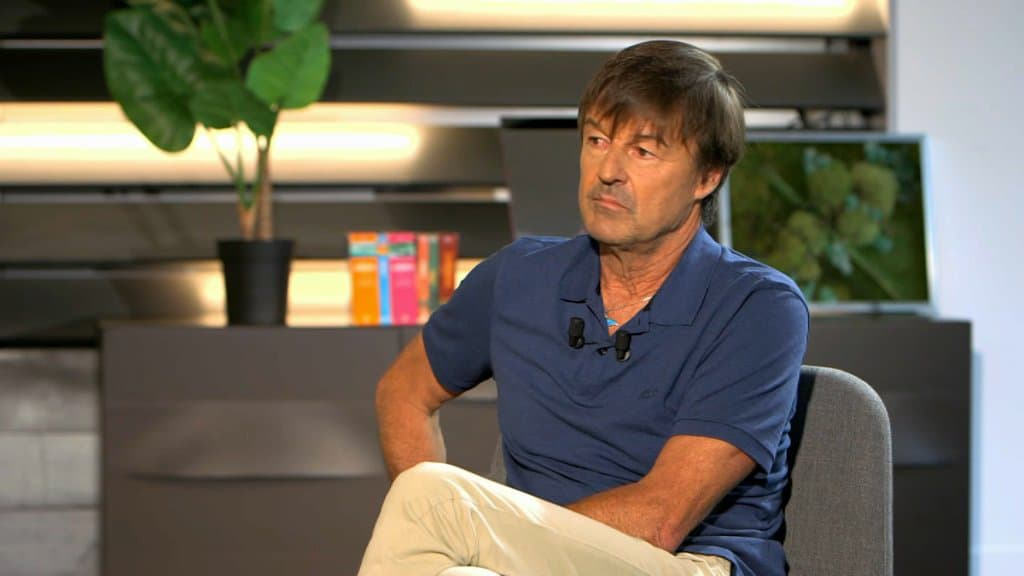 Nicolas Hulot calls for 'change' so that 'chaos don't reign'