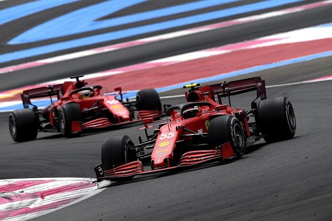 """Sainz contro il videogame F1 2021: """"Bello scherzo"""""""