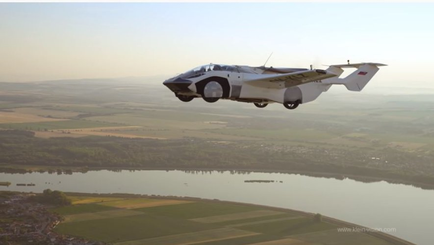 Stunning photos of a flying car that made its first flight between two cities