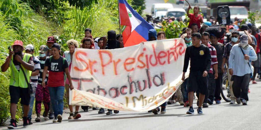 Mexico prevents a caravan of 300 migrants