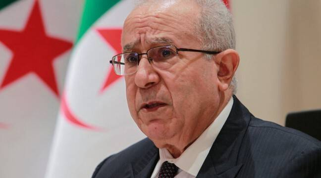 Algeria cuts diplomatic ties with Morocco