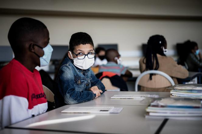 In a class at a college in Bronne, near Lyon, on September 1, 2020.