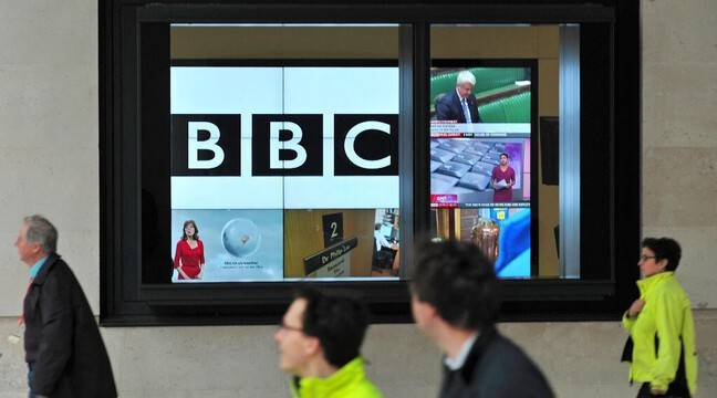 Russia bans BBC reporter for 'assault on press freedom'