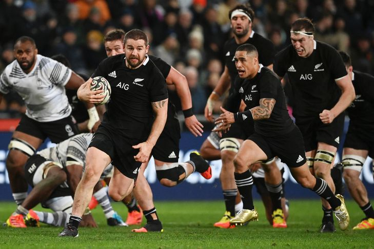 Rugby: New Zealand finishes strong against Fiji