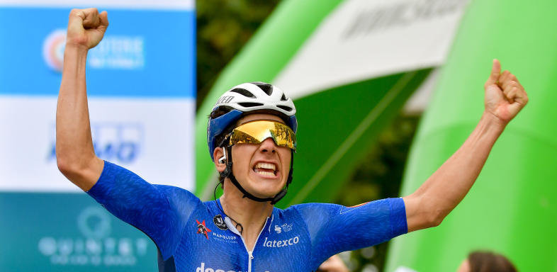 Almeida wins the first stage of the Skoda Tour