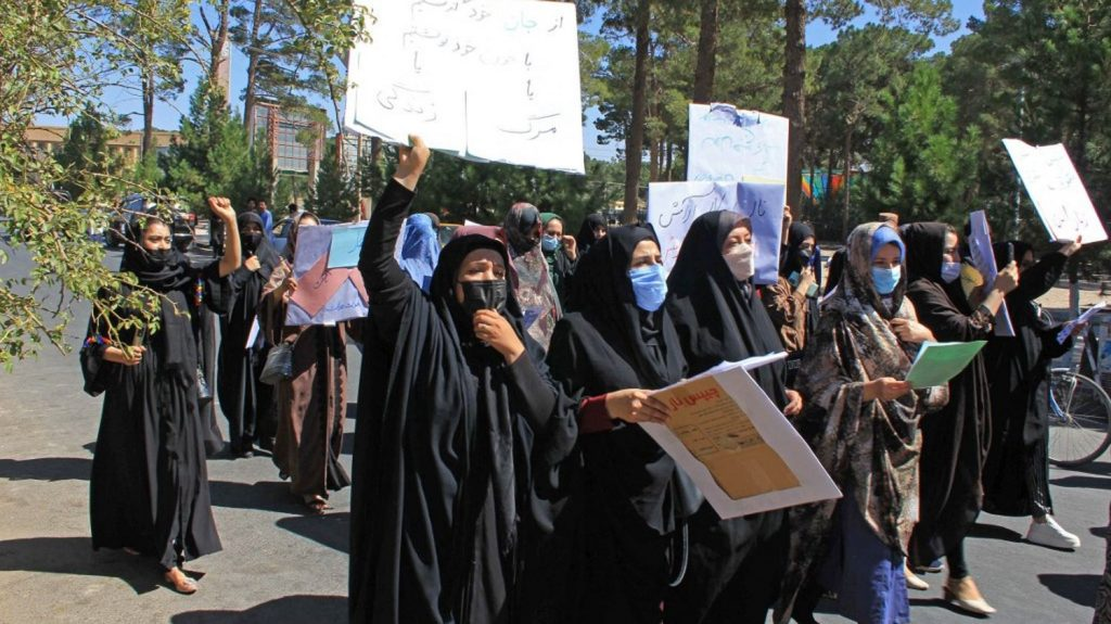 In Herat, Afghan women demonstrated for their rights