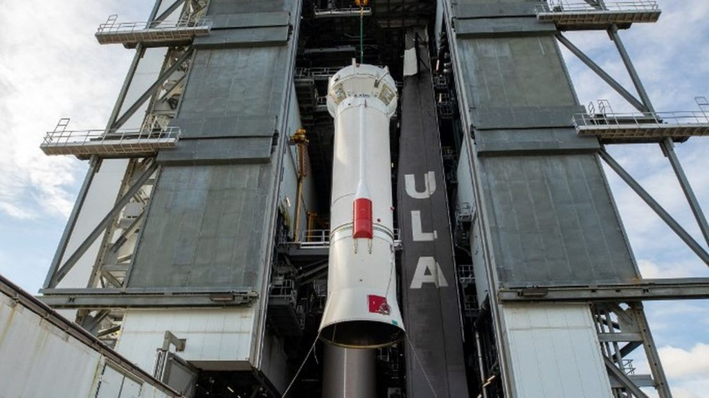 NASA Launches Lucy to Observe Jupiter Asteroids