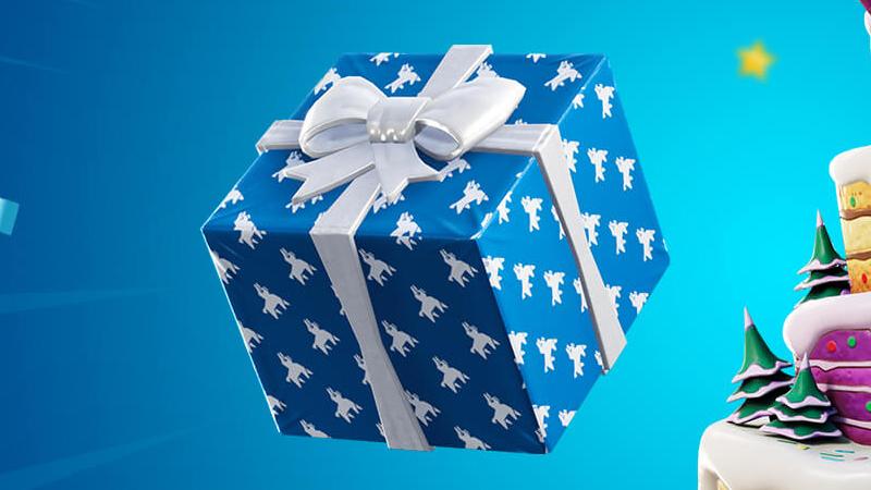 Throwing Christmas presents in Fortnite, Season 8 Challenge - Breakflip