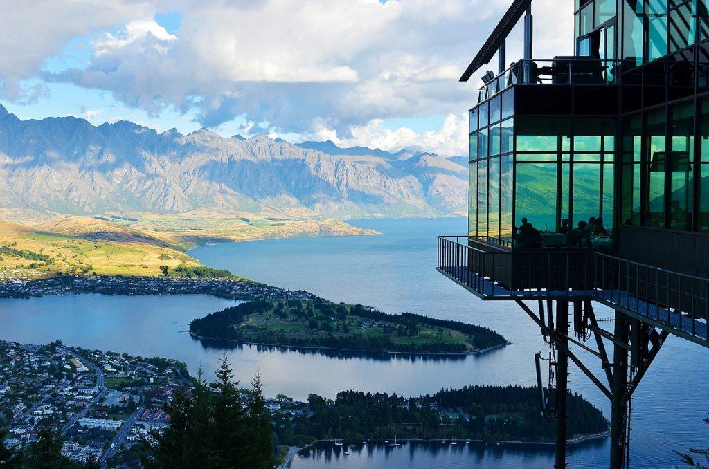New Zealand opens the door to international travelers